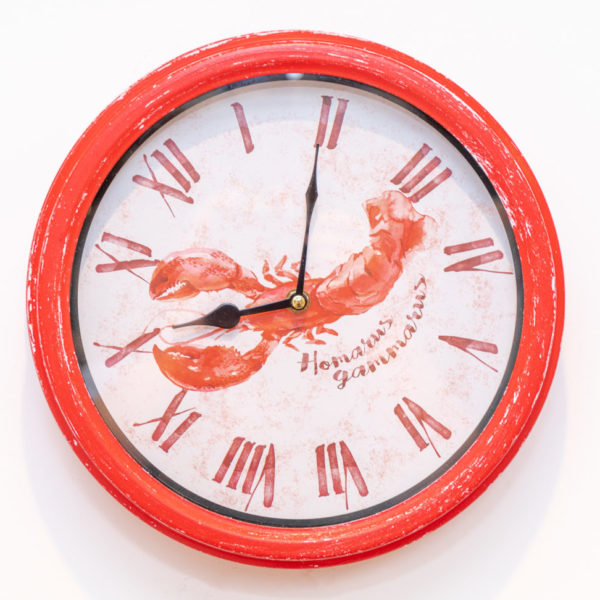 Red lobster clock